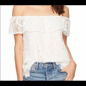 BB Dakota white off shoulder lace top ( M)